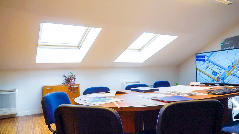 Imagen de la sala de reuniones de Anelair en Málaga